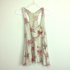 JUST GINGER Oatmeal Floral Tank Size M